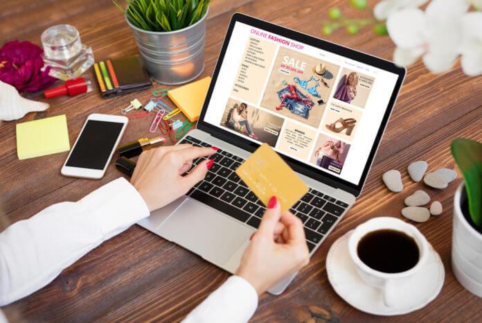 Shopping online abbigliamento: i migliori siti su cui acquistare