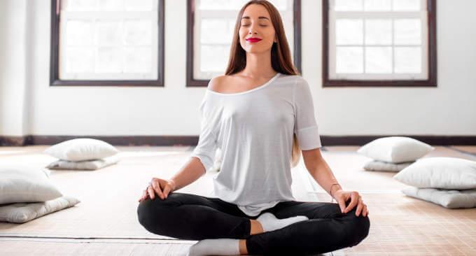 Meditazione, come riuscire a rilassarsi da soli in casa